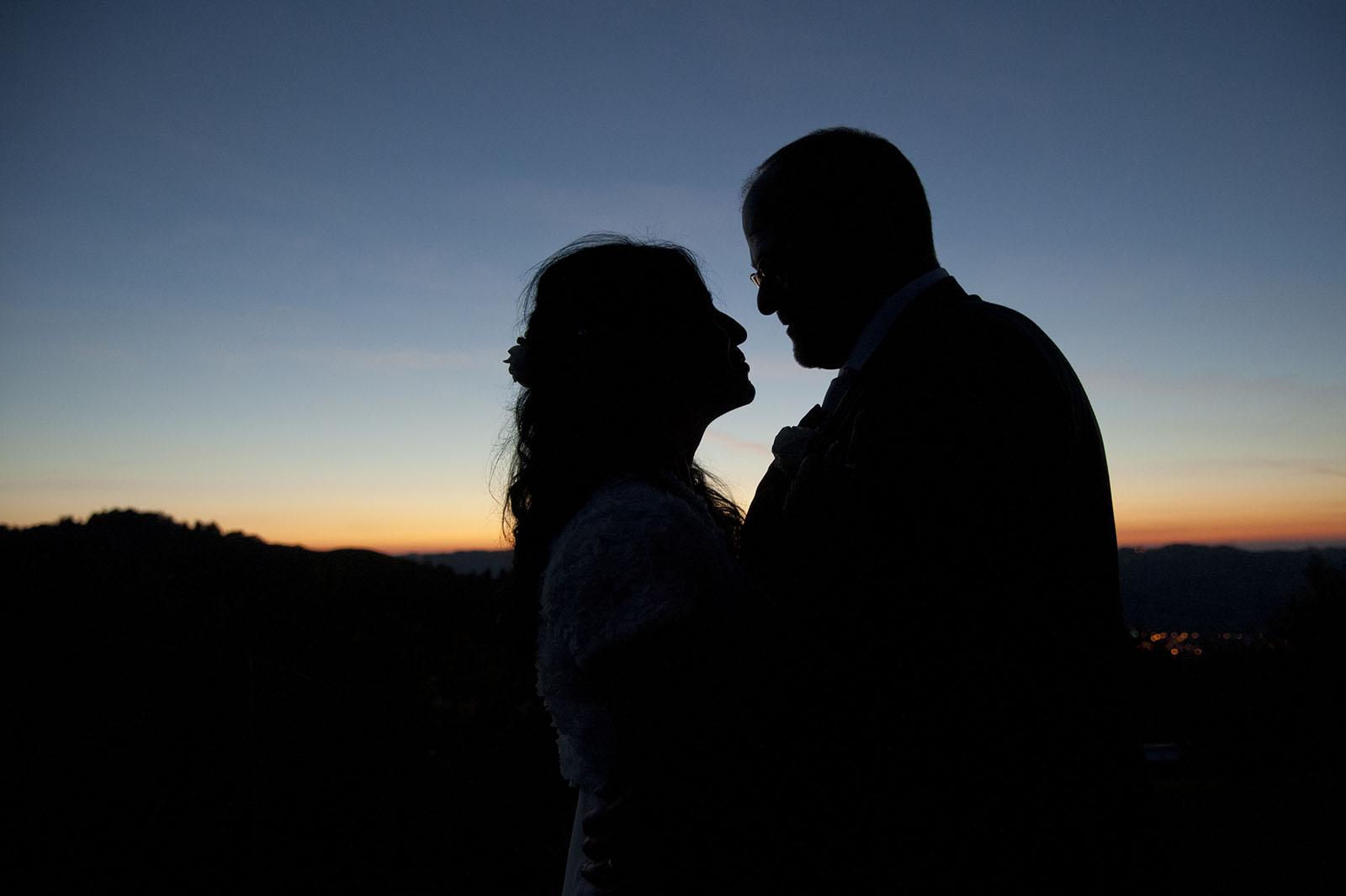 coppia al tramonto